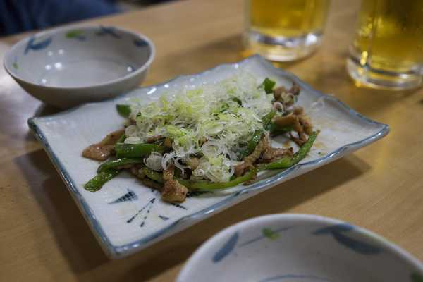 Grilled chicken with spring onion