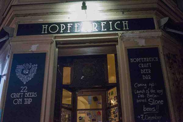 Hopfenreich, '22 Craft Beers on Tap'