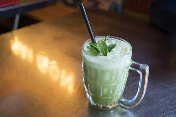 Super refreshing Rua Ma - Vietnamese pennywort with pineapple juice