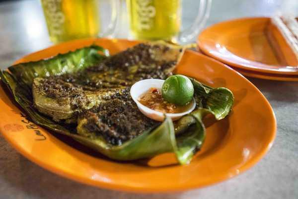 Boon Tat Street BBQ Seafood
