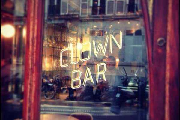 Le Clown Bar