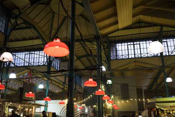 High ceilings make Markthalle a very open space