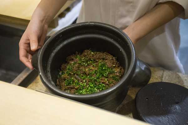 Rice cooked with beef and caramelised onions, spiced with whole sansho pepper berries